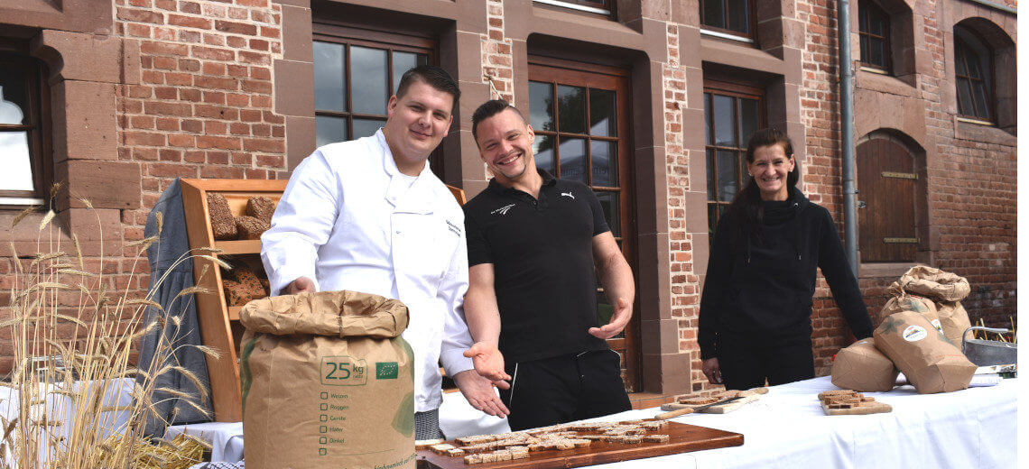 Azubis_beim_Hoffest_Bäckerei_Fleckenbühl_Ausbildung_Qualifizierung